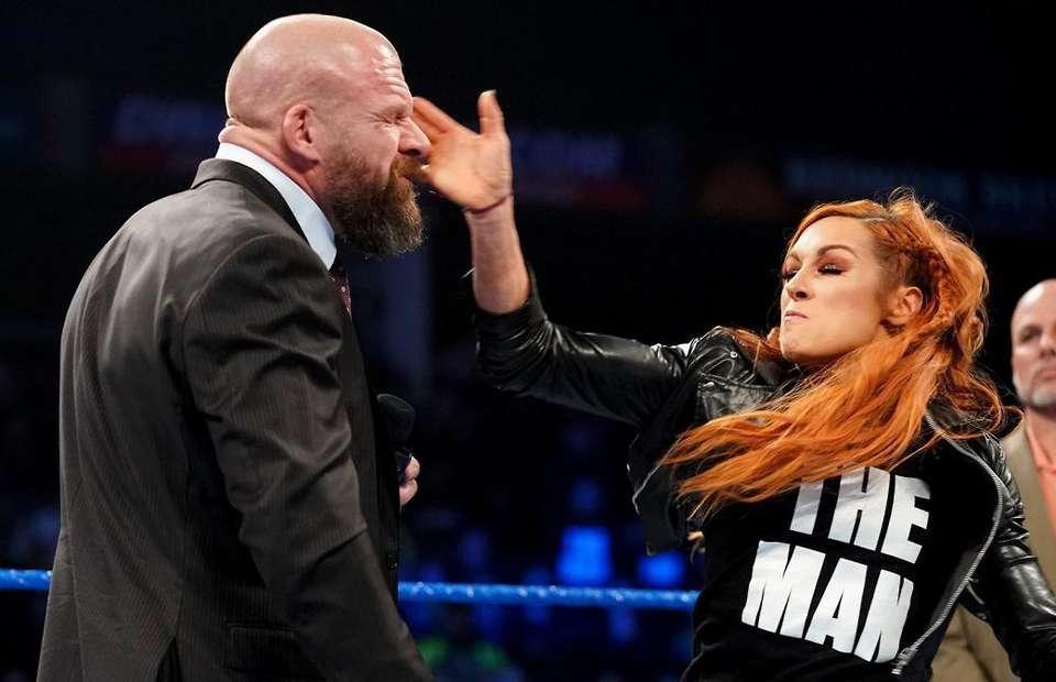 WWE SmackDown: Stephanie McMahon slaps Triple H