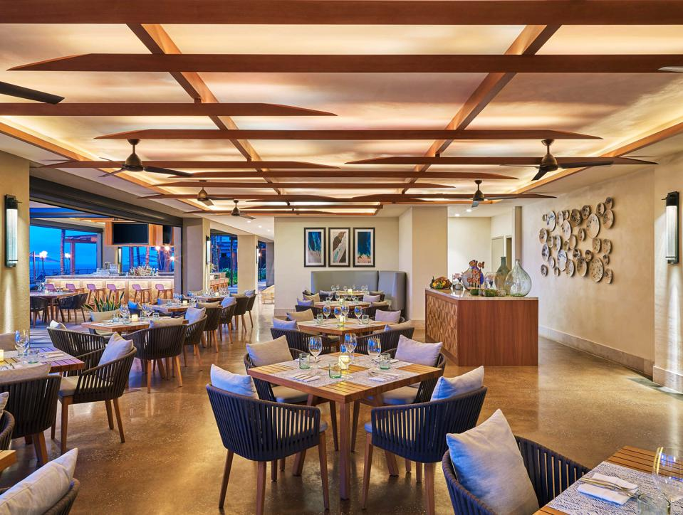 The spacious dining room at Timbers Kauai.