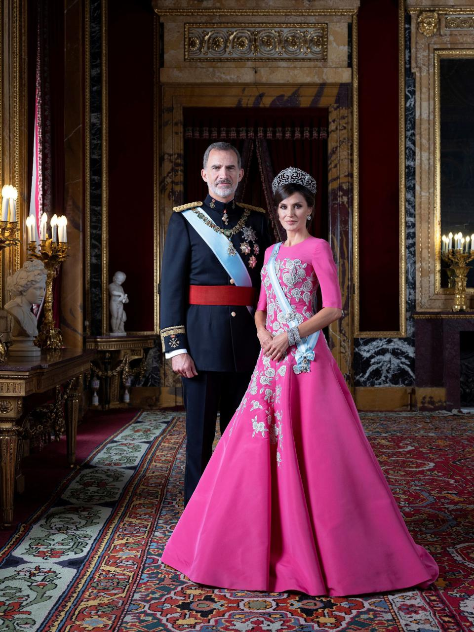 King Juan Carlos and Queen Leticia of Spain in new photo