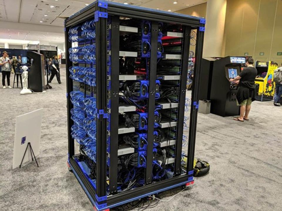 e Raspberry Pi supercomputer project, comprising 1,024 Raspberry Pis running Oracle Linux and Java, was led by Oracle Experience Engineer Chris Bensen and unveiled at Oracle Code One 2019 in San Francisco.