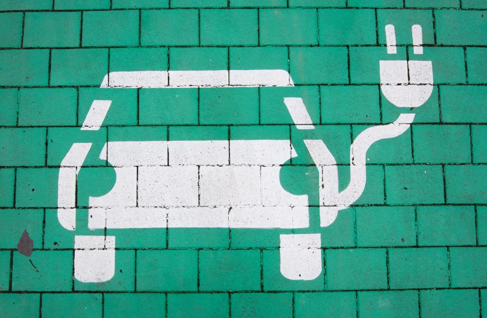 Progress on e-car charging network