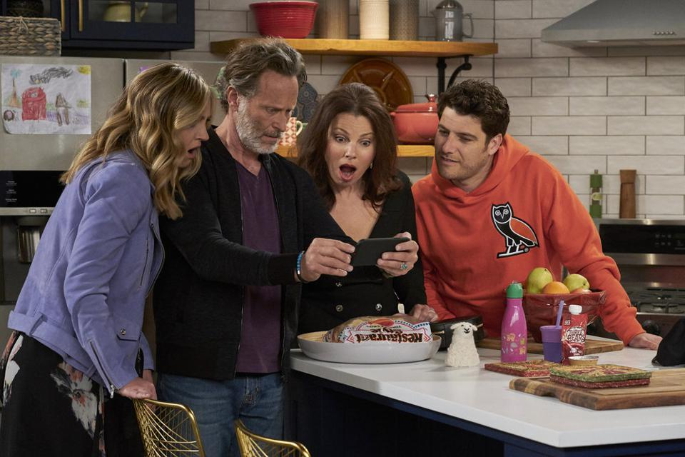 INDEBTED --  Pictured: (l-r) Abby Elliott as Rebecca, Steven Weber as Stew, Fran Drescher as Debbie, Adam Pally as Dave -- (Photo by: Trae Patton/NBC)