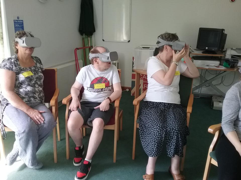 people using vr
