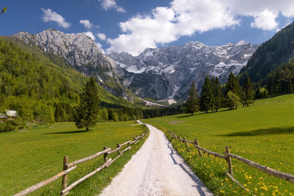 Les activités à Jezersko, en Slovénie, s'étendent sur les quatre saisons de l'année et offrent des promenades extraordinaires.