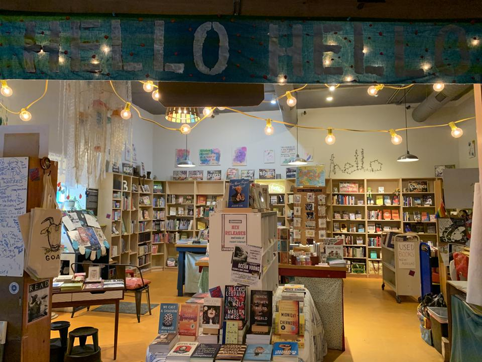 hello hello books rockland maine boookstore independent lacy simons