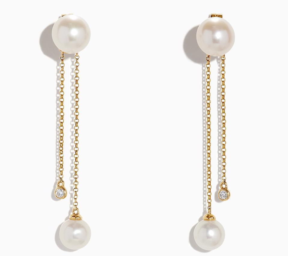 long pearl earrings