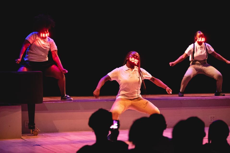 Girls Rise Up dance performance