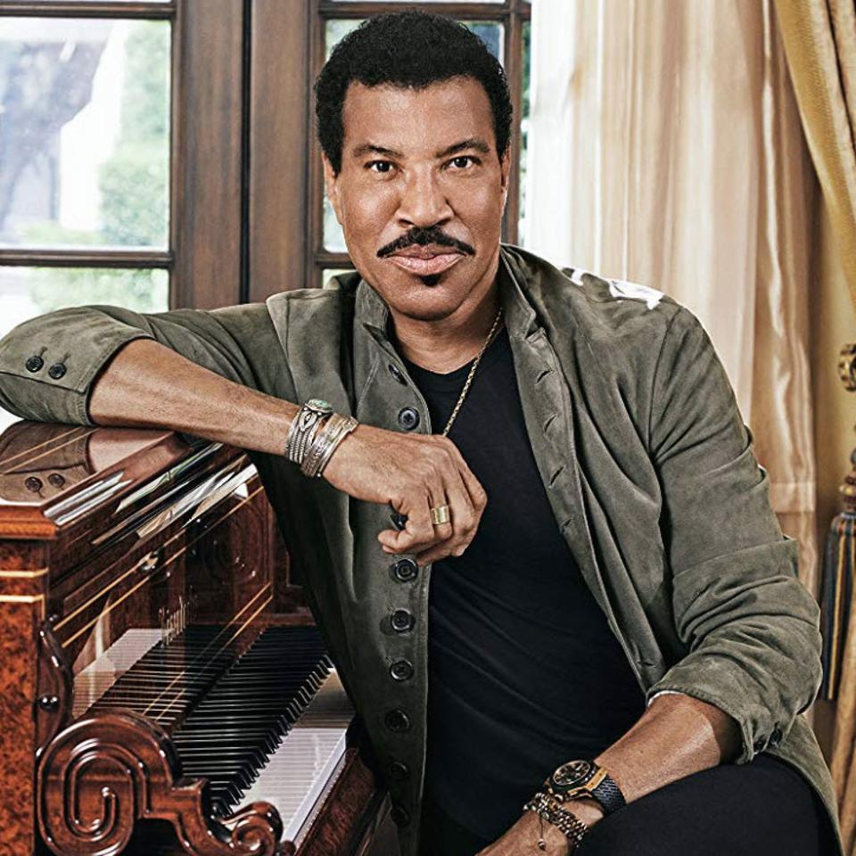 Up Close With Lionel Richie On Traveling The World In Style, And ...