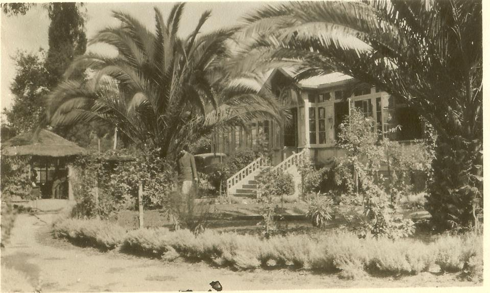 La Casa on the Kingston Family Farm sometime between the 1940s - 1950s.