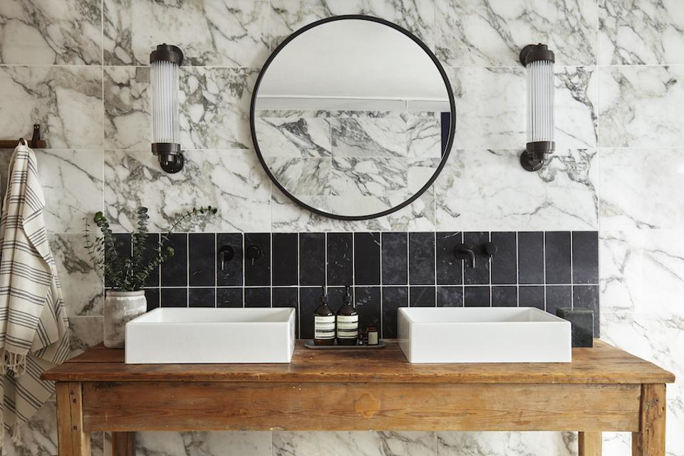 vintage style bathroom lighting