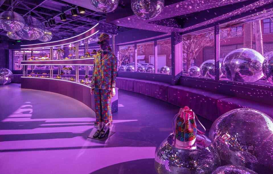 """Located in a shuttered bank, the Gucci Pin pop-up is designed as an immersive """"dreamscape″"""