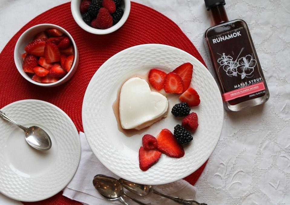 Panacotta, berries and maple suryp