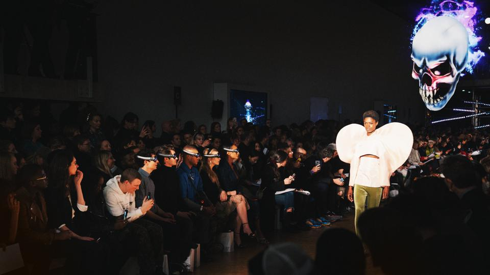 Three's 5G removed limitations and facilitated a next-gen immersive experience during London Fashion Week 2019. The mixed reality show was a first glimpse into how 5G will transform the future of fashion and how the fashion elite could view collections with increased creativity on the catwalk, as they are brought into the mind of the designer