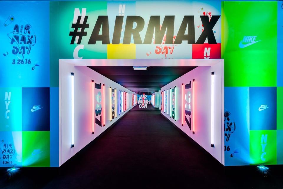 Nike Air Max Con Entrance