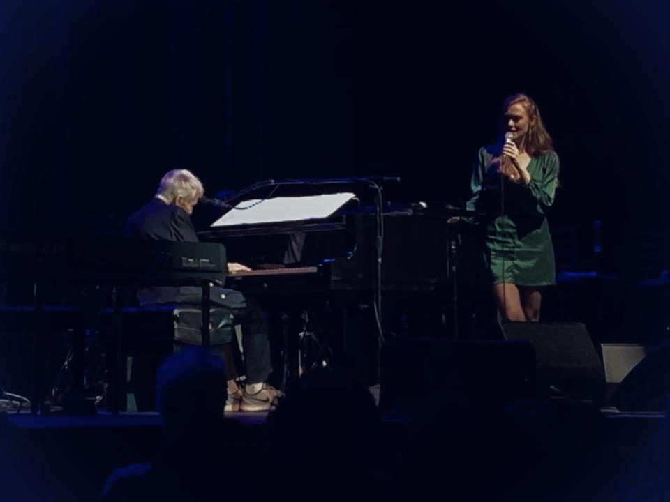 Bacharach and singer Melody Federer