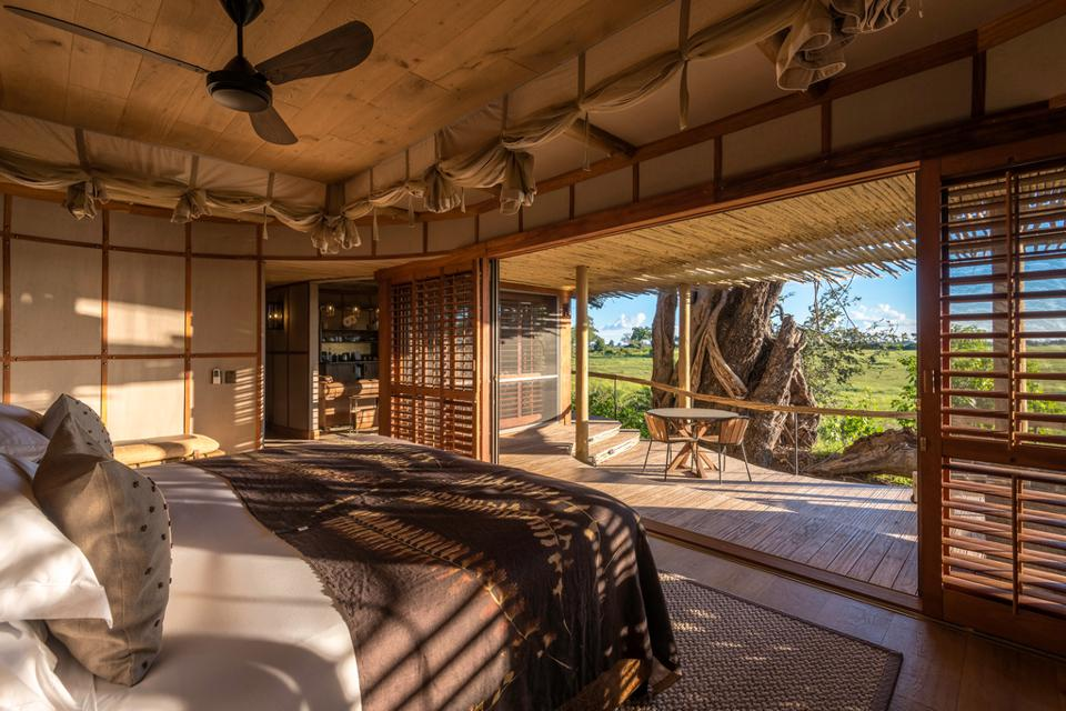 Mombo Camp africa sustainable travel