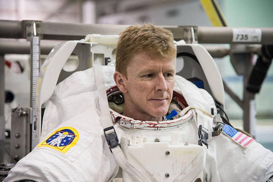 To Excel Under Pressure, Think Like An Astronaut
