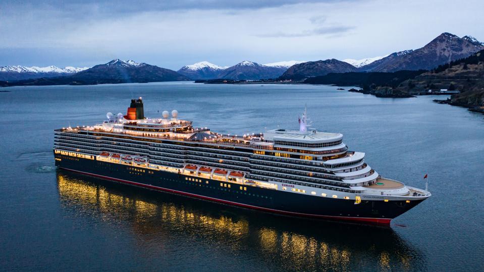 Queen Elizabeth Kodiak, Alaska Northern Lights