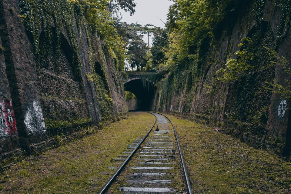 How To Explore La Petite Ceinture, The 19th Century Railway Line Circling Paris