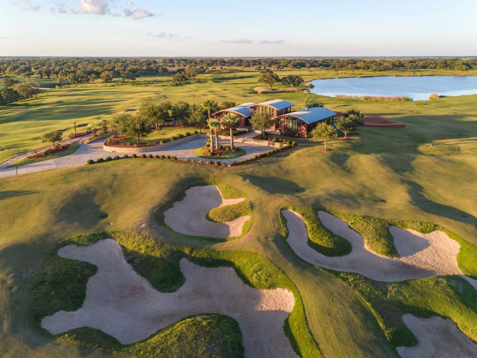 Texas Ranch Including Wolf Point Golf Club Goes On Auction Block