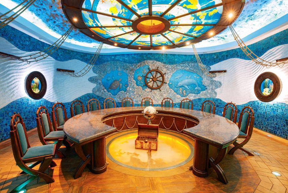 Sea Bottom tasting hall