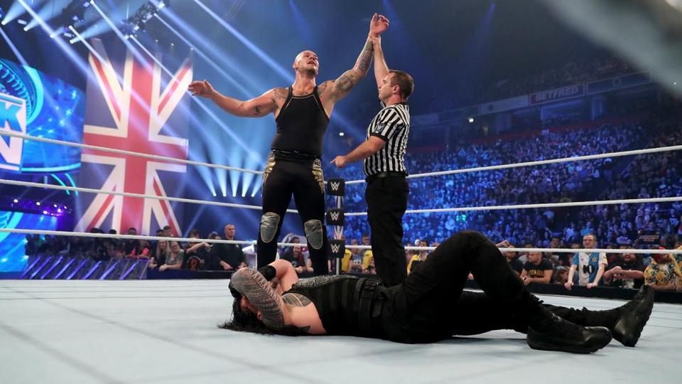 WWE SmackDown: Baron Corbin beats Roman Reigns