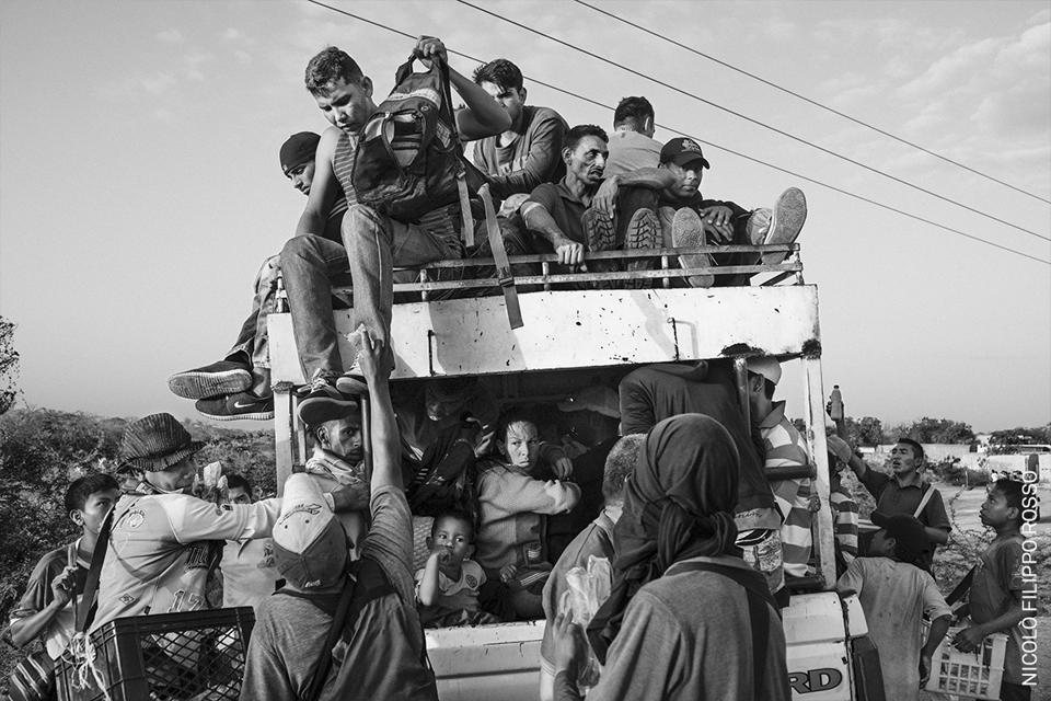 Venezuelan migrants abandoning the country