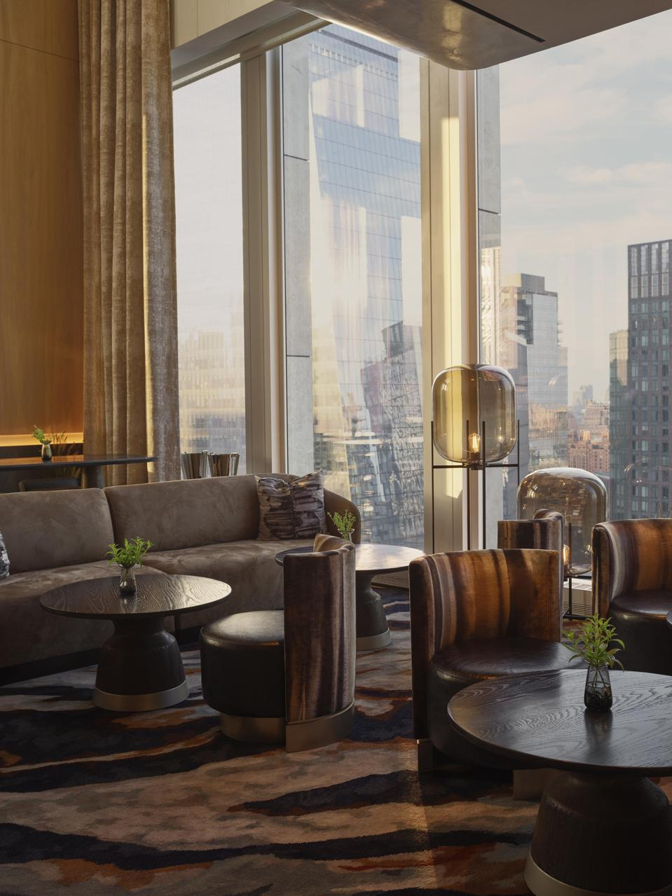 Bar area with view over Manhattan
