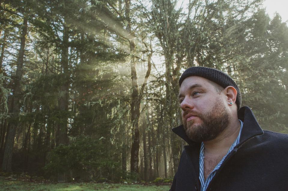 Nathaniel Rateliff Reflects On Loss And Hope For His New Solo Album