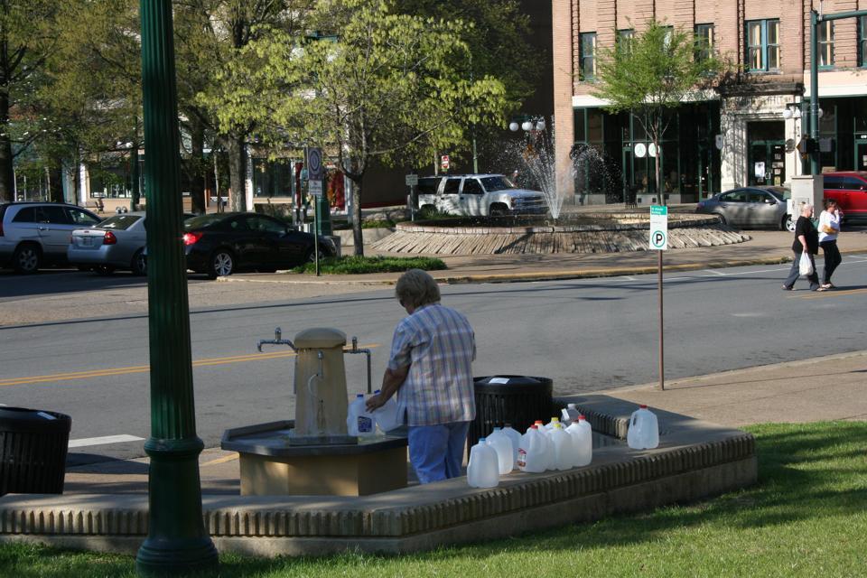 Sources chaudes. Jug Fountains. Quartier historique de Hot Springs.