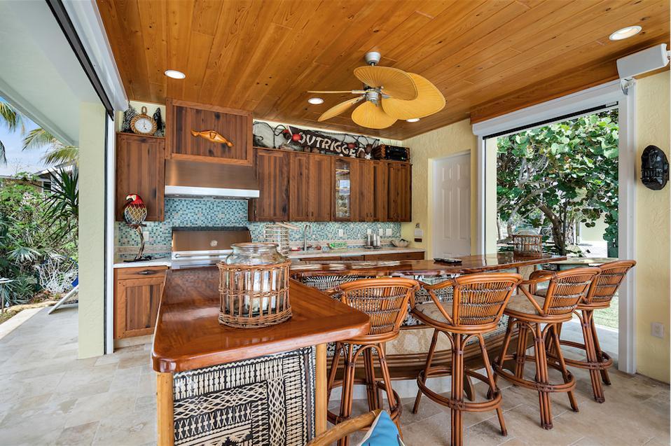 Indoor-outdoor cabana bar