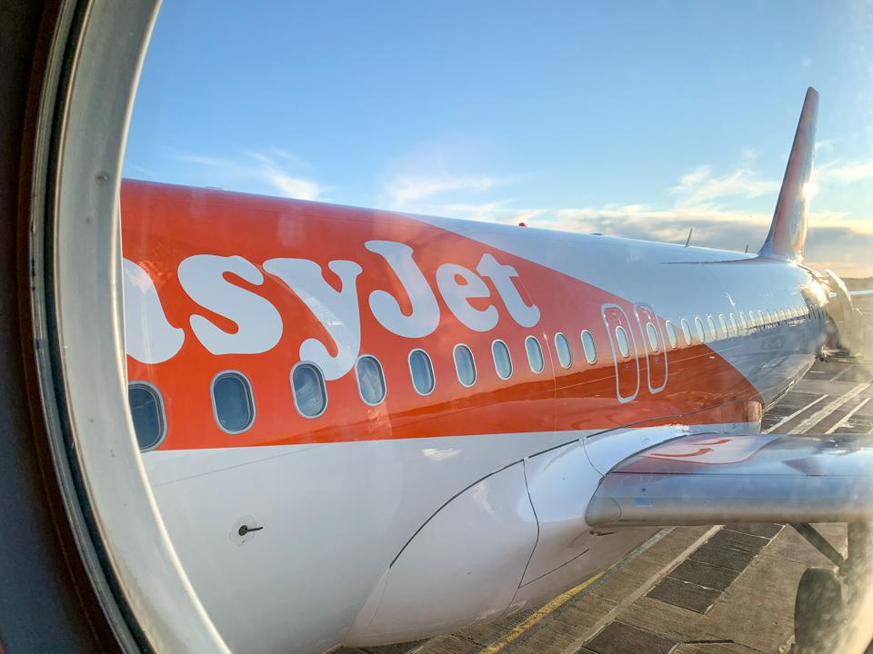 easyJet A319 Stockholm Arlanda low-cost airline flying Europe