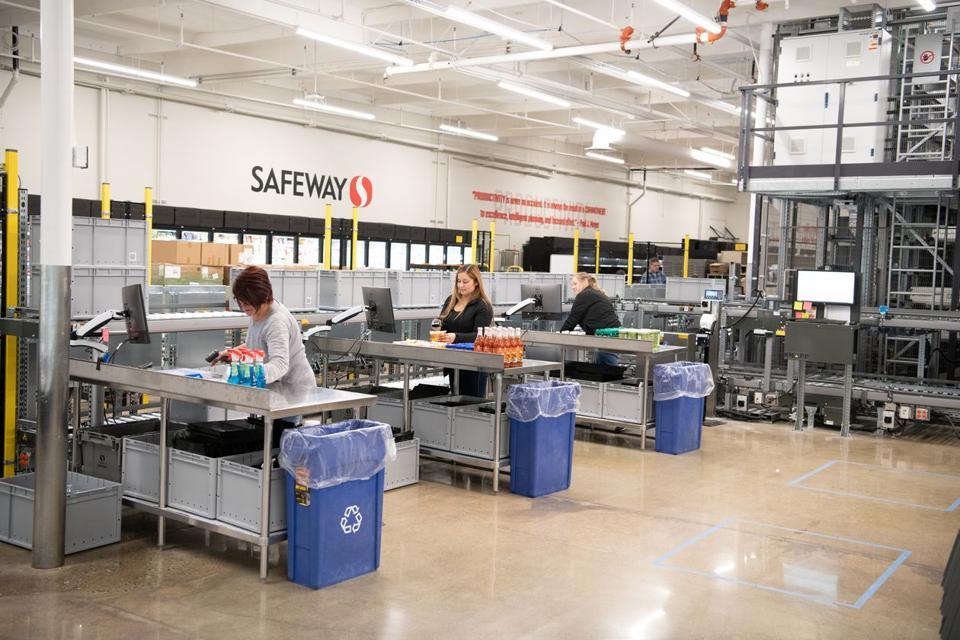 Safeway owner Albertsons micro-fulfillment center