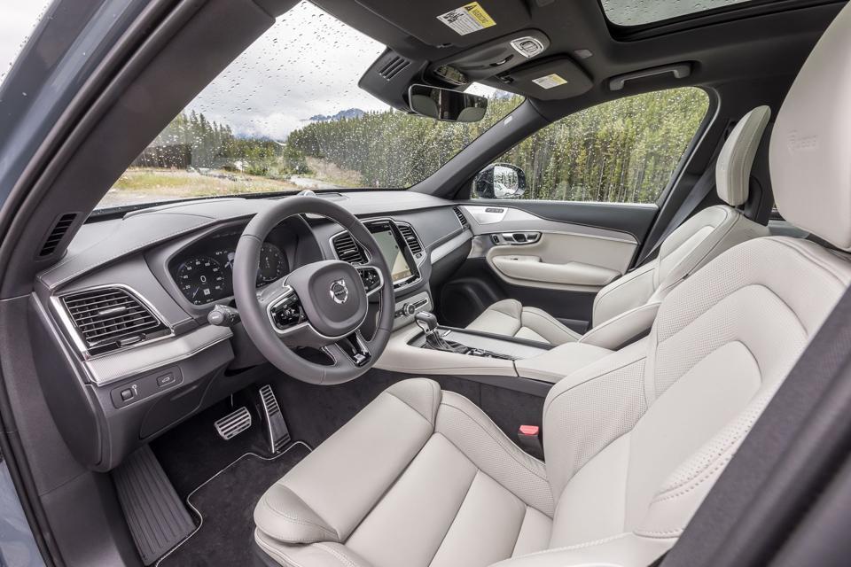 2020 Volvo XC90 T8 E-AWD Inscription