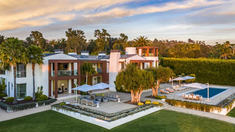4305 Marina Drive in Hope Ranch, Santa Barbara