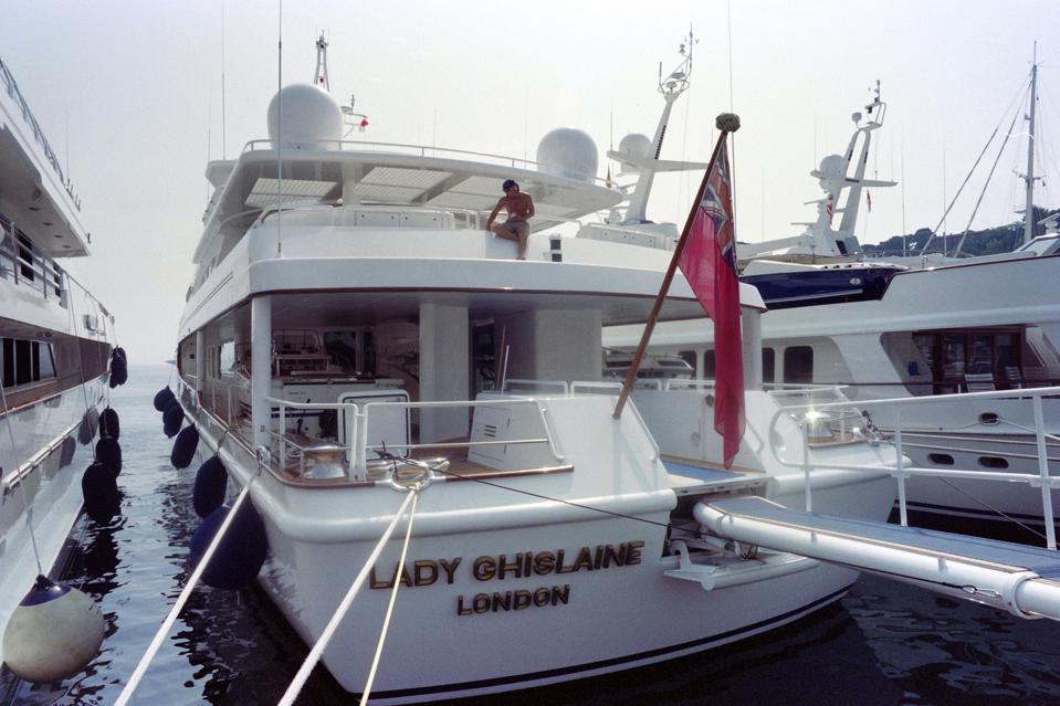 July 22, 1992. - Emad Khashoggi, also developer of the Château Louis XIV and the Palais Rose, sold the yacht to Robert Maxwell who renamed it Lady Ghislaine, named after his daughter Ghislaine.
