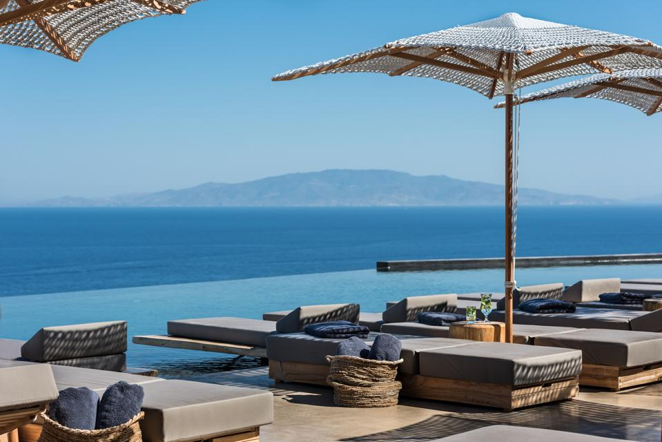 This New Santorini Hotel Combines The Iconic View And Utter Serenity