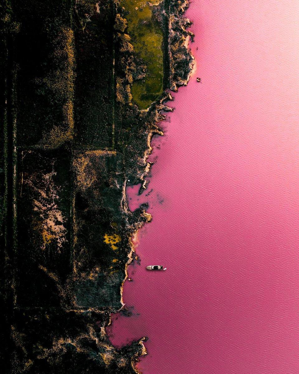 pink lake in Spain