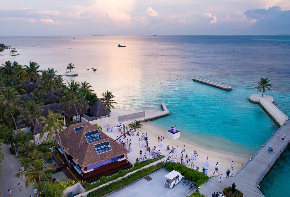 Jumeirah Vittaveli, Jumeirah Resorts, Maldives, Evgeni Plushenko