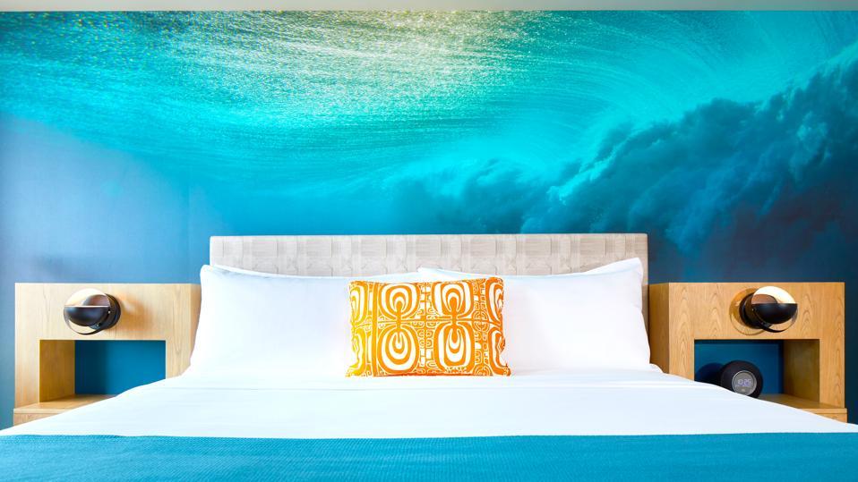 Waikiki Beachcomber - Headboard Image
