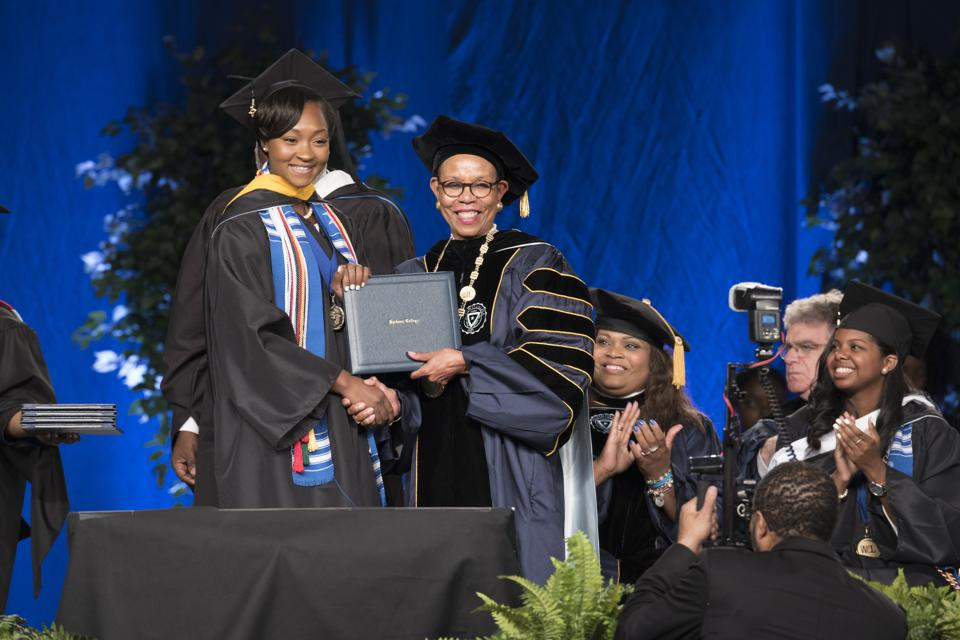 Each year Mary Schmidt Campbell, Ph.D., president of Spelman College, joins the new cohort of Ethel Waddell Githii scholars to celebrate their success. Founded in 1980, the Githii Honors Program, which is named for scholar-teacher Ethel Waddell Githii, provides support for gifted students.