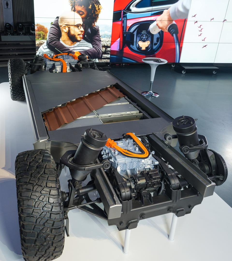 General Motors Ultium electric drive systems for the 2022 GMC Hummer EV