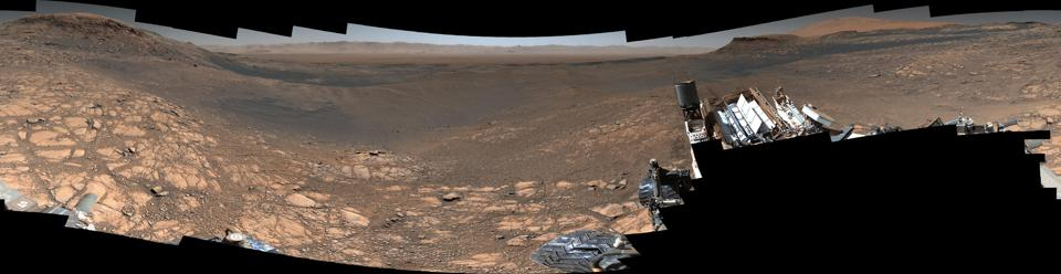 Along with an almost 1.8-billion-pixel panorama that doesn't feature the rover, NASA's Curiosity captured a 650-million-pixel panorama that features the rover itself.