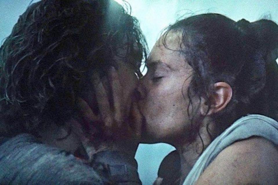 No The Star Wars Rise Of Skywalker Novel Didn T Kill The Kylo Rey Romance