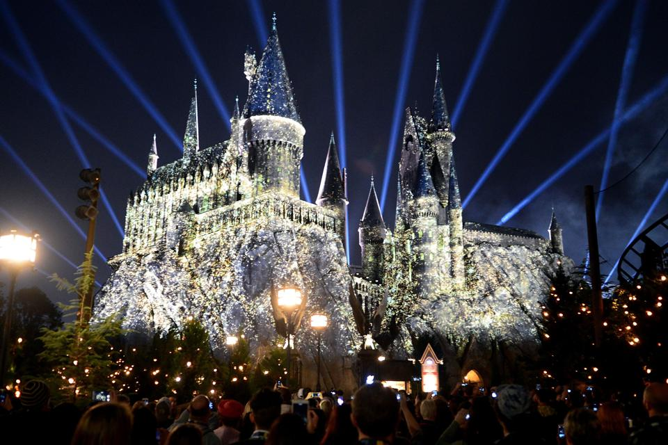 Technical wizardry makes Hogwarts Castle appear to shimmer (Gerardo Mora/Getty Images)