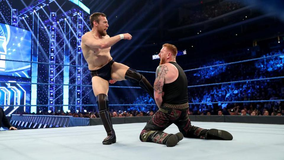 WWE SmackDown: Daniel Bryan kicks Heath Slater