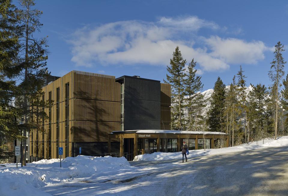 Renovation of Lloyd Hall by KPMB Architects