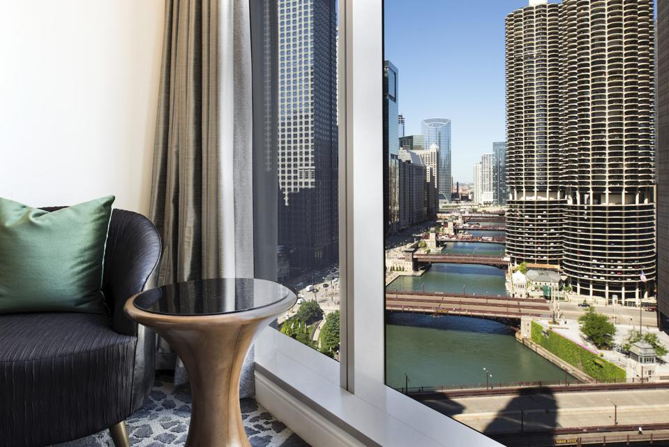 LondonHouse Chicago Best Value Hotel Suites