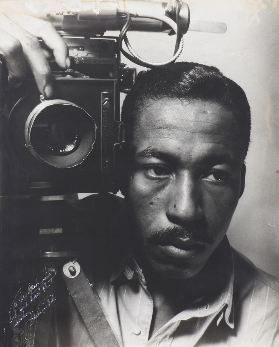 "Gordon Parks, 'Gordon Parks Self-Portrait,' 1941. Gelatin silver print, sheet: 50.8 x 40.64 cm (20 x 16 in.). On view at the Addison Gallery of American Art in Andover, Massachusetts during the exhibition ""Gordon Parks: The New Tide, Early Work 1940–1950."""