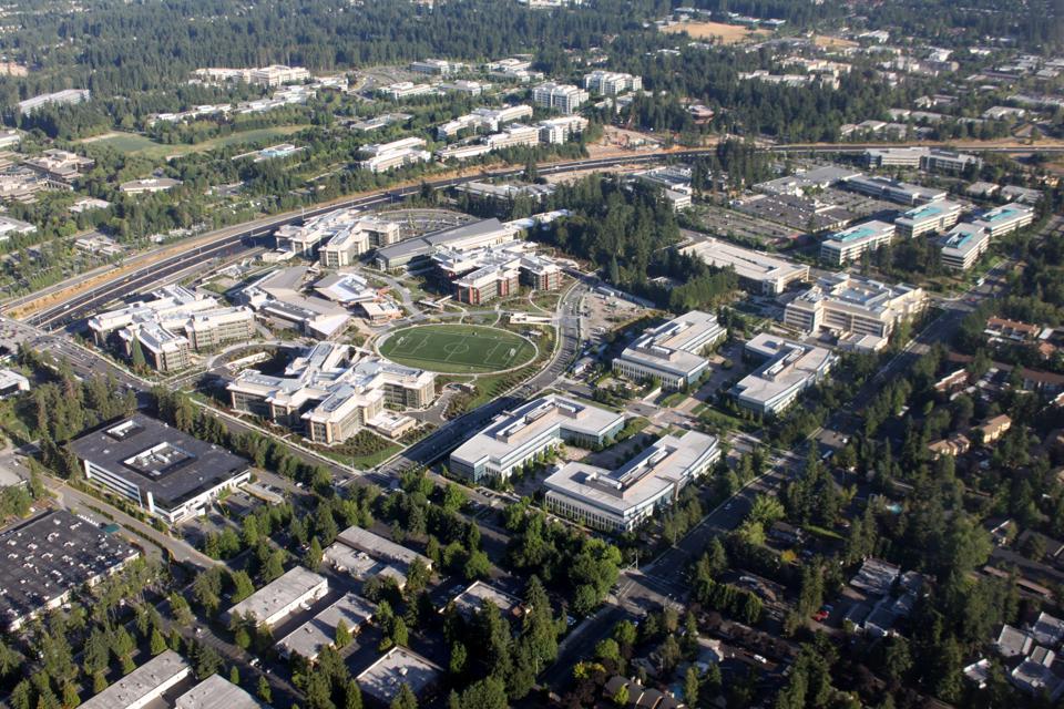 Aerial_Microsoft_West_Campus_August_2009